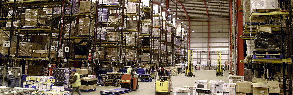 CLEANING OF LARGE AREAS AND LOGISTICS CENTERS